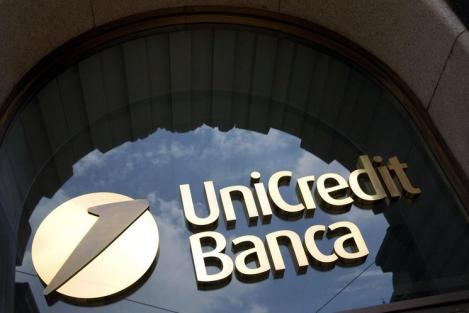 Fusion d' Intesa et Unicredit