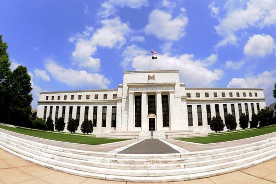 Conséquences du maintien des taux bas de la Fed